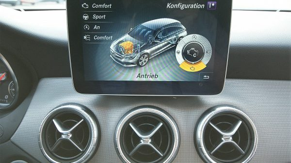 519894_1406507743477_slide bei Donau Automobile in