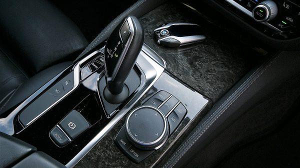 520307_1406503353652_slide bei Donau Automobile in