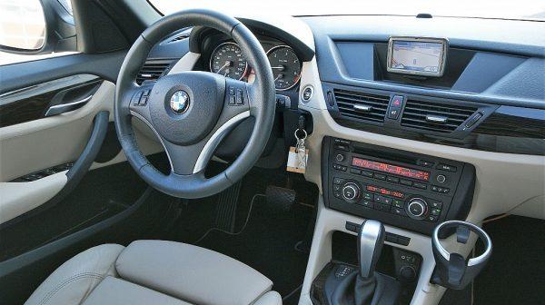 520412_1406506969150_slide bei Donau Automobile in